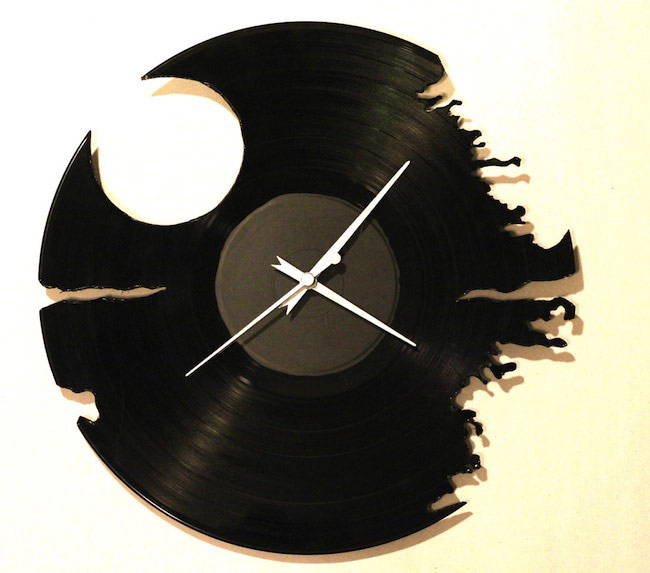 レコードを利用した時計