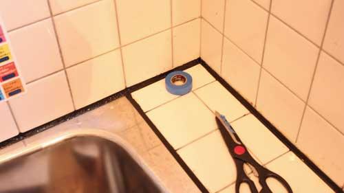 浴室 ブラック コーキング