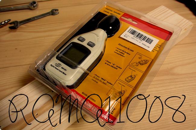 サンコー 小型デジタル騒音計  RAMA11O08-パッケージ