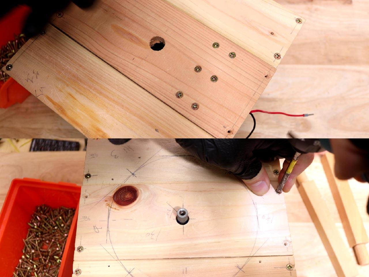底板と天板の取り付け